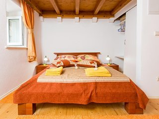 Apartment in the center of Dubrovnik with Internet, Air conditioning (990072)