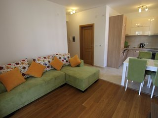 Appartamento nuovo con 1 camera da letto vicino al mare.