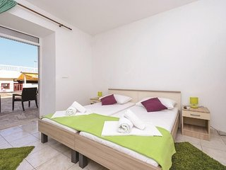 Apartment 1.2 km from the center of Dubrovnik with Internet, Pool, Air condition