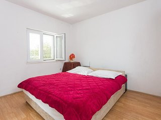 Apartment 1.3 km from the center of Dubrovnik with Internet, Air conditioning, T