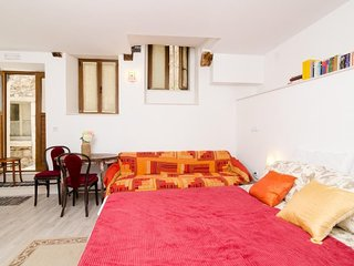 Studio apartment in the center of Dubrovnik with Internet, Air conditioning (989