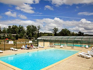 2 bedroom Villa in Cours-de-Pile, Nouvelle-Aquitaine, France : ref 5053169