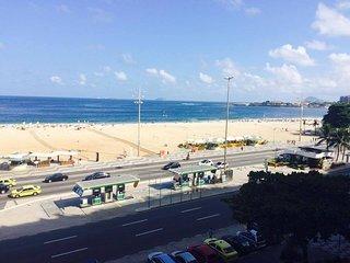 Temporada em Copacabana, Avenida Atlântica, Quatro Quartos e Vista para a Praia