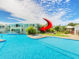 142 'Pacific Blue', 265 Sandy Point Road - stunning swim out unit with air condi