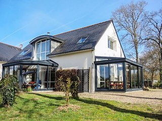 4 bedroom Villa in Gouesnach, Brittany, France - 5046725