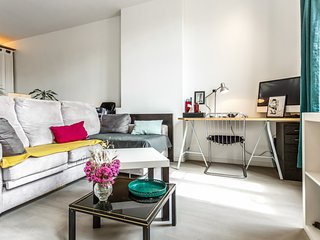 Charming flat in the heart of Marseille  - W417