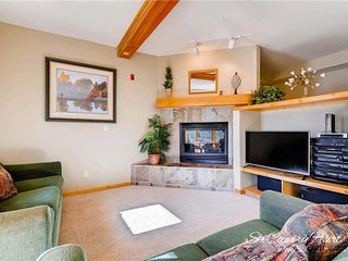 7th Night Free. Affordable Breck Getaway, Steps to Main Street & Gondola, Wi-Fi