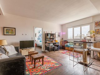 Vaugirard apartment in 15eme - Seine with WiFi & lift.