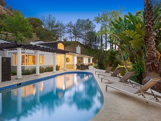 Hollywood Mid-Century Retreat