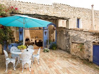 Casa Azul, Rustic Loft at 10 minutes from Sitges