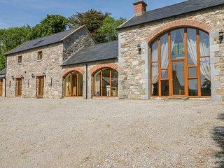 BALLYBLOOD LODGE, family-friendly, luxury holiday cottage, hot tub, Ref 4570