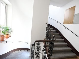 Lovely Penthouse Apartment Near Center of Vienna