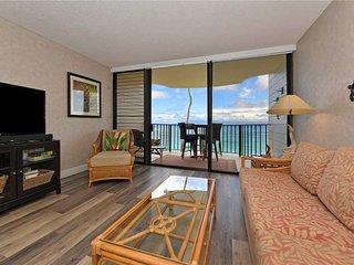 Beautiful Direct Ocean front Condo No Carpeting -New flooring ~ Kahana Reef #304