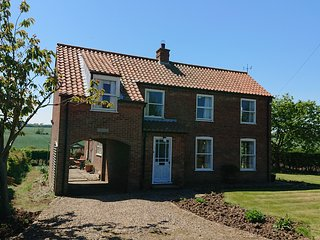 Yorkshire Coast, Southwold, Bridlington, 4 Bedroom detached house -sleeps 6