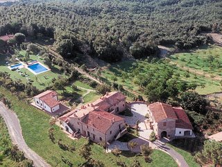2 bedroom Apartment in Il Porcello, Tuscany, Italy : ref 5630048