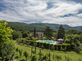 4 bedroom Villa in Casemascie, Umbria, Italy : ref 5696852