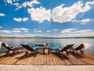 3 bedroom Villa in Kapetan stan, Zadarska Zupanija, Croatia : ref 5420399