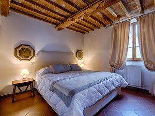 BOSSI DI SOPRA (Castello di Bossi) App. Dalia