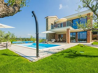 3 bedroom Villa in Draguc, Istria, Croatia : ref 5630155