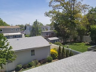 Franklin Ave B1, vacation rental in Rosedale