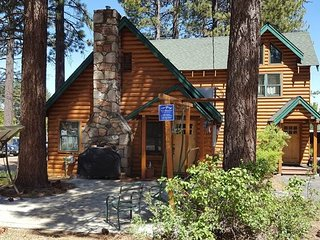 Stay in a Tahoe Log Cabin and Walk to Ski Run Marina, Restaurants and Shops!