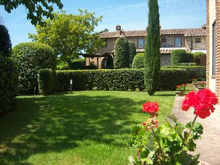 2 bedroom Apartment in Il Porcello, Tuscany, Italy : ref 5630042