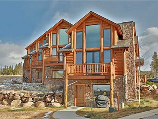 Summit Trail Lodge J8