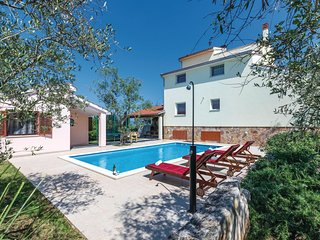 5 bedroom Villa in Peruški, Istria, Croatia : ref 5564433