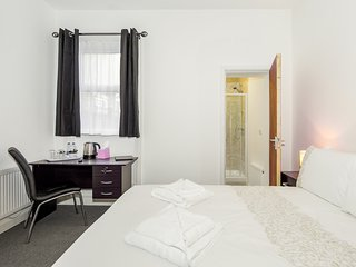 Deluxe Double room with private en-suite