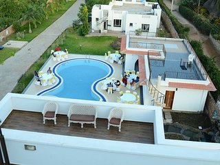 QUEENS CHATEAU BOUTIQUE VILLA (5 BED ROOM VILLA,  ALL ROOMS EN SUITE)