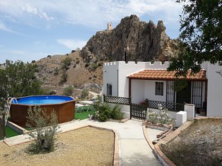 Casita Rincon - 2 bed cottage on 2 acre finca and a  5 minute walk  to village