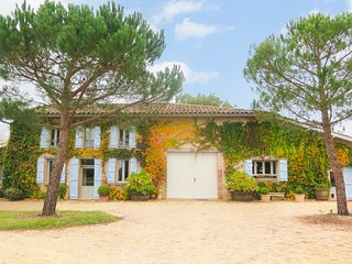 4 bedroom Villa in Montdurausse, Occitanie, France - 5049455
