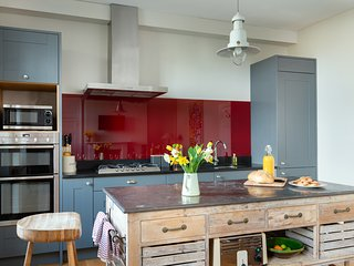 Fabulous kitchen/dining room with seating for 12 guests.