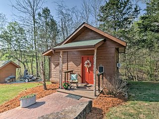 NEW! Cedar Cabin w/Dock Access on the White River!