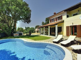 3 bedroom Villa in Medulin, Istria, Croatia : ref 5505020