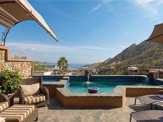 Classy Pedregal Villa with Ocean Views: Villa Haydee, 4 BR!