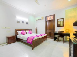 PALM 34 Bed and Breakfast (Luxury Double Room 5)