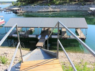 Dog-friendly waterfront cottage with private deck, views to die for and just ste