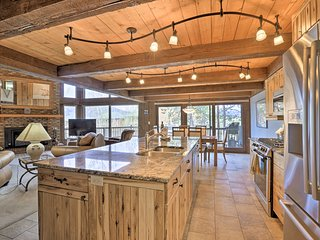 NEW! Luxury Silverthorne Home w/3 Decks & Mtn View