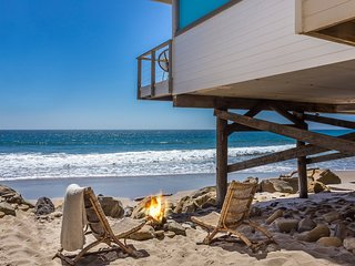 Malibu Romantic Getaway On Private Beach
