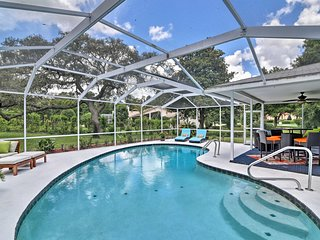 Majestic Hernando House w/ Private Pool & Lanai!