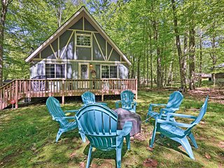 NEW! Arrowhead Lake Chalet - 5 Min Walk to Beach!