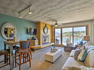 Remodeled Lakefront Dillon Condo -Mins to Keystone