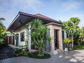 Baan Pinya Holiday Home