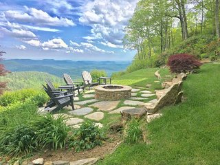 Hawk Height- MILES of views, Close in-Fire Pits