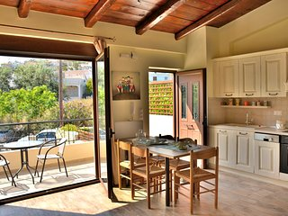 Luxury Suites in Panormo, Arxontariki 2
