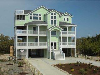 D Daddy's Beachhouse #7-19