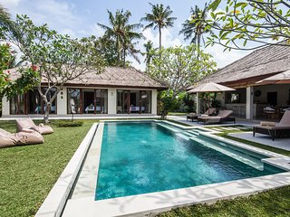 Villa Pascaline, North Canggu-Bali,  le calme, la serenite, l'authenticite...