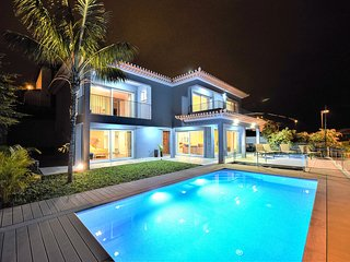 VILLA ENJOY SEA - for the Best View of Funchal