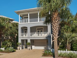 Paradise Pointe at Destin Pointe